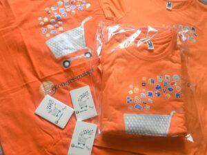 Camiseta y powerbank personalizados