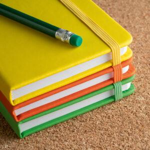 Cuaderno personalizado de coloresvv