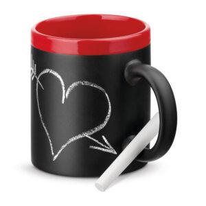 taza de cerámica con borde rojo y pizarra