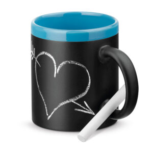 taza de cerámica con pizarra con borde azul